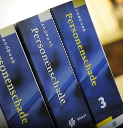 Wetboeken personenschade in het kantoor van Lie Letselschade.